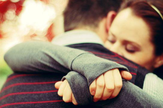 huggingg 2.jpg